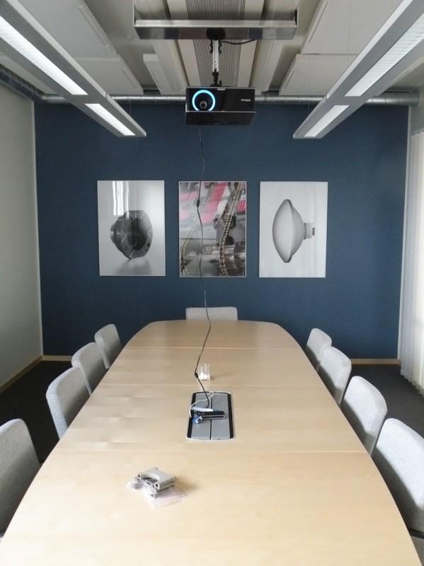 Ljudabsorbenter i konferensrum